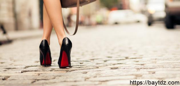 8 خطوات لارتداء الكعب العالي بدون ألم