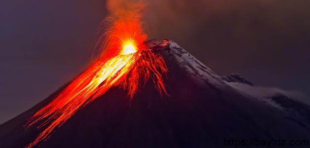 أكبر بركان في العالم