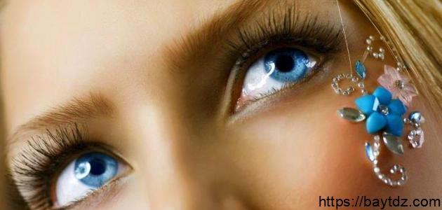 الحصول على العيون الزرقاء أصبح أمرا سهلا
