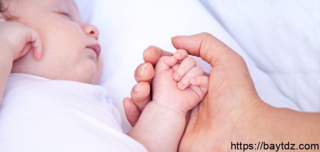مراحل تطور الطفل الرضيع