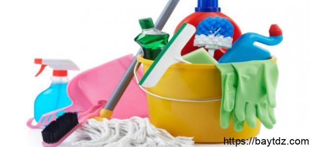 أدوات التنظيف المنزلية