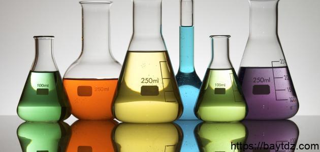 أدوات المختبر واستخداماتها