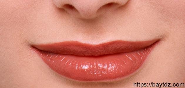 أسباب السواد حول الفم