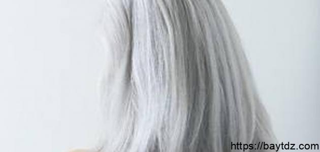 أسباب بياض الشعر