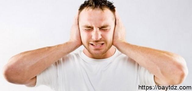 أسباب صفير الأذن