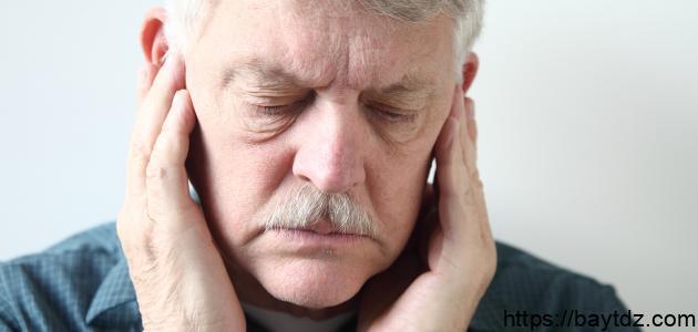 أسباب طنين الأذن – فيديو