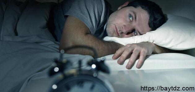 أسباب عدم النوم وعلاجه