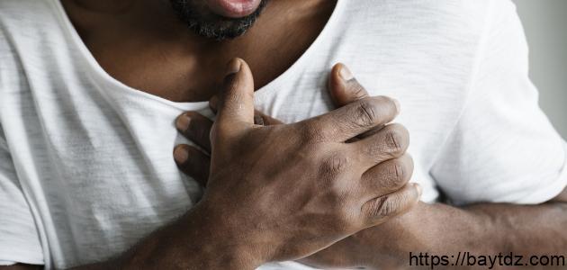 أعراض تدلي الصمام الميترالي