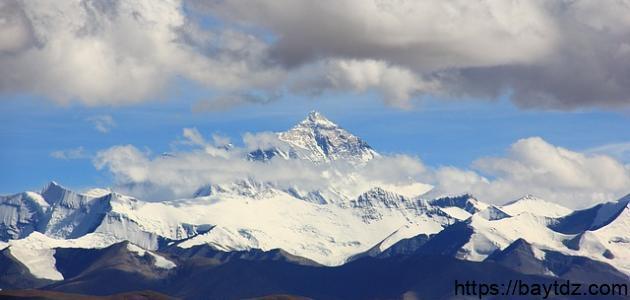 أعلى جبل في العالم