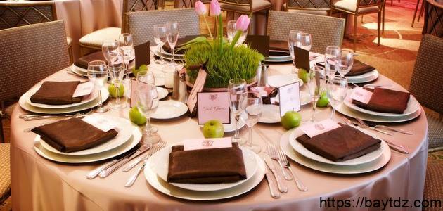 أفكار لتزيين طاولة الطعام