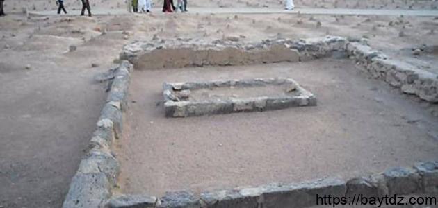 أول من دفن في البقيع من المسلمين