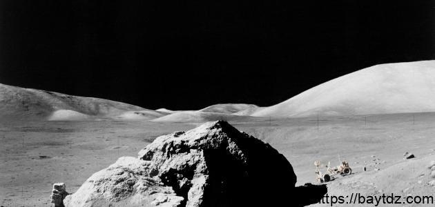 أول من مشى على سطح القمر