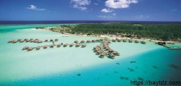 أين تقع جزيرة بورا بورا
