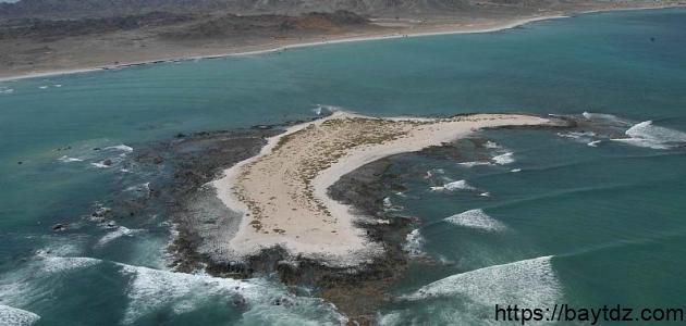 أين تقع شبه جزيرة مسندم