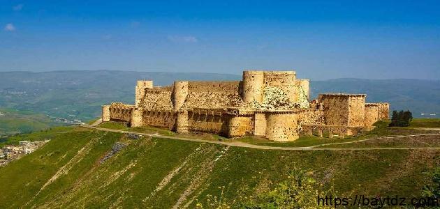 أين توجد قلعة الحصن
