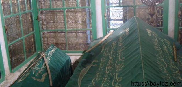 أين يقع قبر خالد بن الوليد