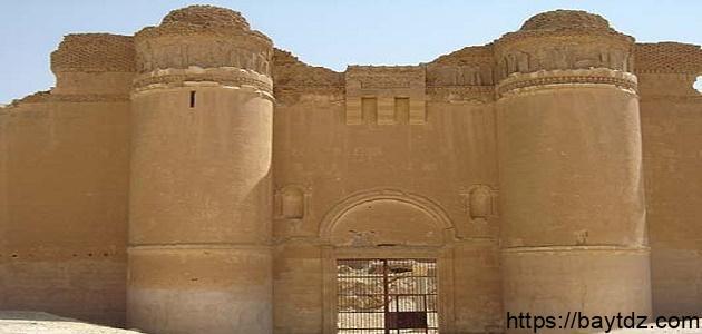أين يقع قصر هشام