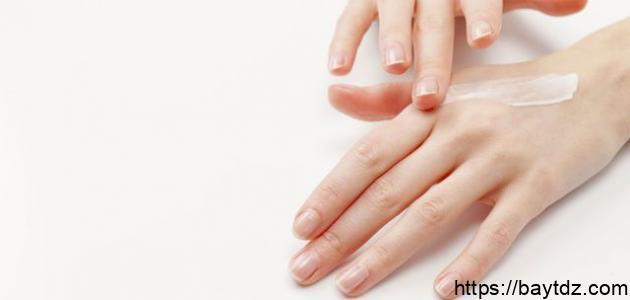 استعمال فيتامين سي الموضعي لعلاج الأمراض الجلدية – فيديو