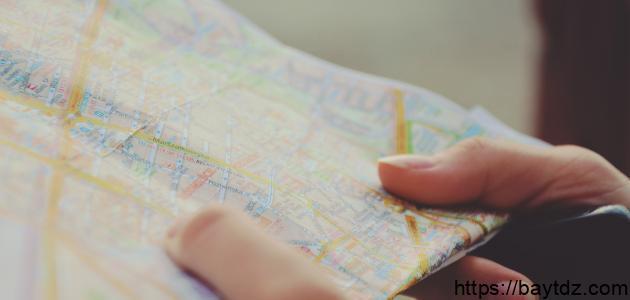 العناصر الأساسية للخريطة