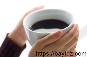 تأثير ونتائج القهوة على سن اليأس, و طرق ووسائل سهلة لتقليل استهلاكها!