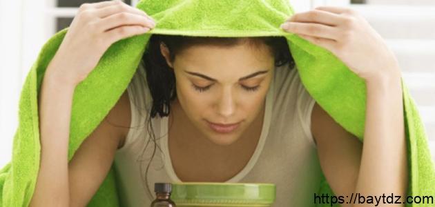 خطوات تنظيف الوجه بالبخار