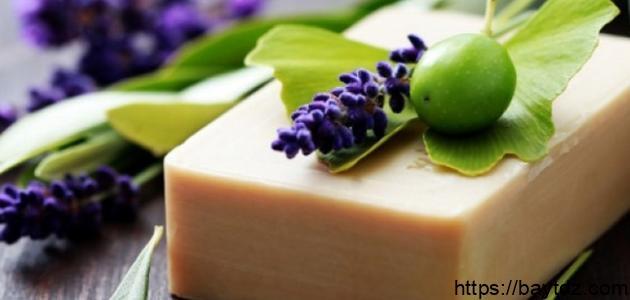 صناعة صابون الغار في المنزل