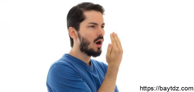 طرق للتخلص من رائحة الفم نهائياً