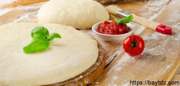 طريقة عجينة البيتزا السريعة
