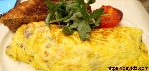 طريقة عمل البيض المقلي بالجبن