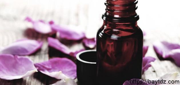 طريقة عمل العطور من الورد