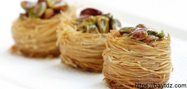 طريقة عمل حلويات شرقية سهلة وبسيطة