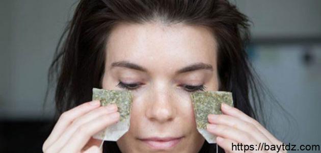 طريقة عمل كمادات الشاي للعيون