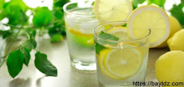 فوائد الماء البارد والليمون