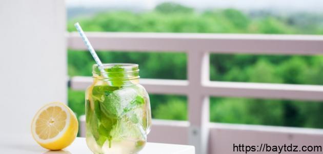 فوائد الماء مع الليمون للتخسيس