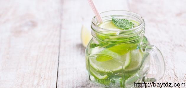 فوائد شرب الليمون مع الماء يومياً