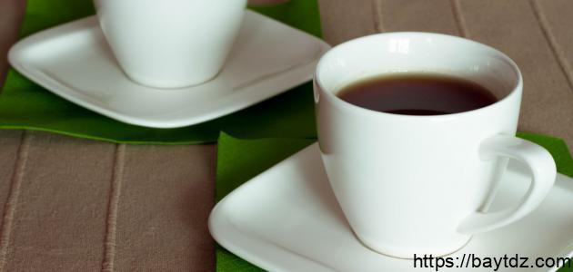 فوائد شرب كوب من الشاي الأخضر يومياً