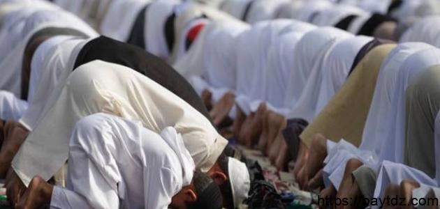 كم عدد التكبيرات في صلاة العيد