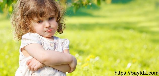كيف أتعامل مع ابنتي العنيدة