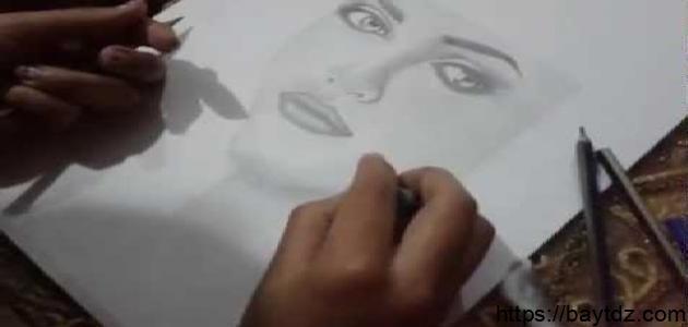 كيف أصبح رسامة محترفة