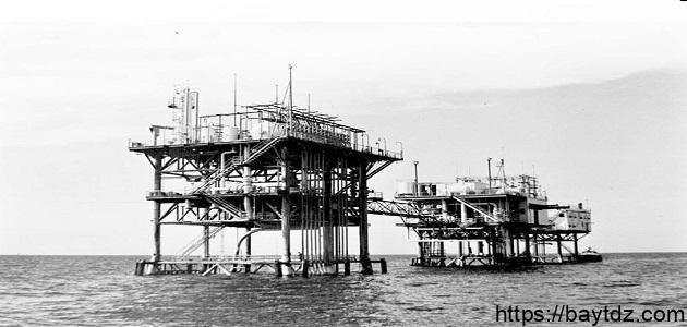 كيف اكتشف النفط
