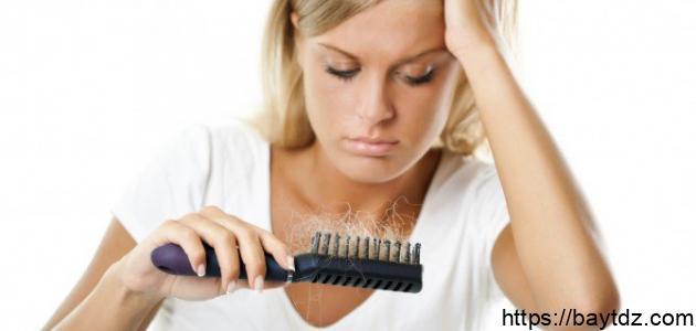كيف نعالج تساقط الشعر