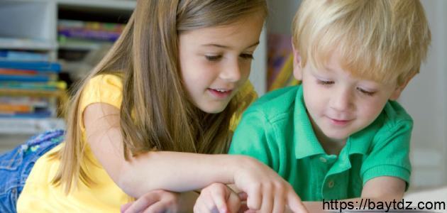 كيف يتعلم الطفل القراءة والكتابة