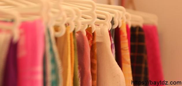 كيفية إزالة الوبر من الملابس