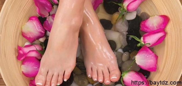 كيفية إزالة رائحة القدمين