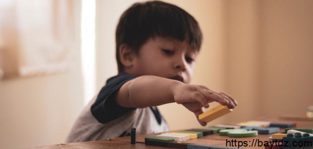 كيفية التعامل مع الأطفال في سن 8 سنوات