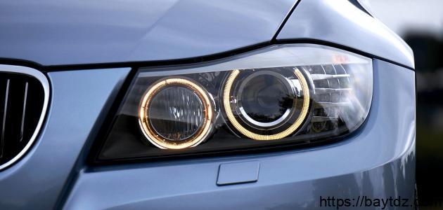 كيفية تنظيف مصابيح السيارة من الداخل