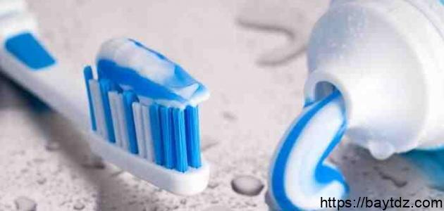 ما فائدة معجون الأسنان