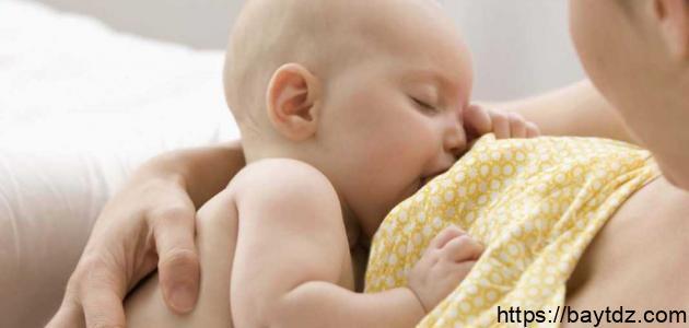 ما فوائد الرضاعة الطبيعية