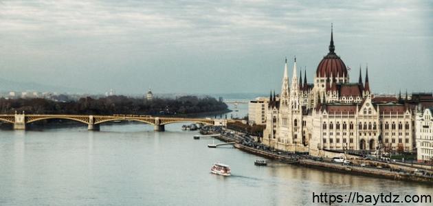 ما هو ثاني أطول نهر في أوروبا