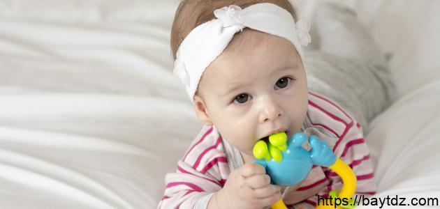 ما هي أعراض التسنين عند الأطفال